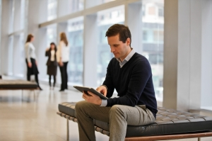 Technology - using an iPad inside PwC office, PwC NYC Technology-6.jpg