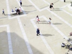 People walking in a plaza/square - PwC, Photo_RGB_PC_ 442.jpg