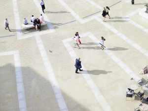 People walking in a plaza/square - PwC, Photo_RGB_PC_ 442.jpg